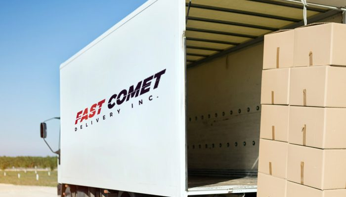 Fast Comet Delivery Maui Hawaii Moving Truck