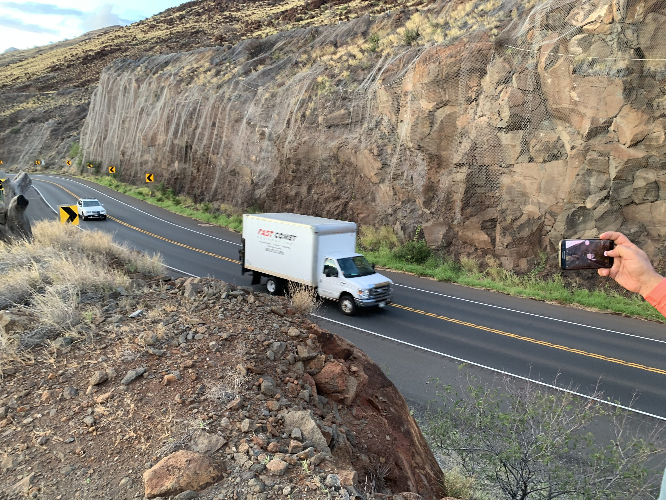 Fast Comet Delivery Truck 21 - Maui Hawaii