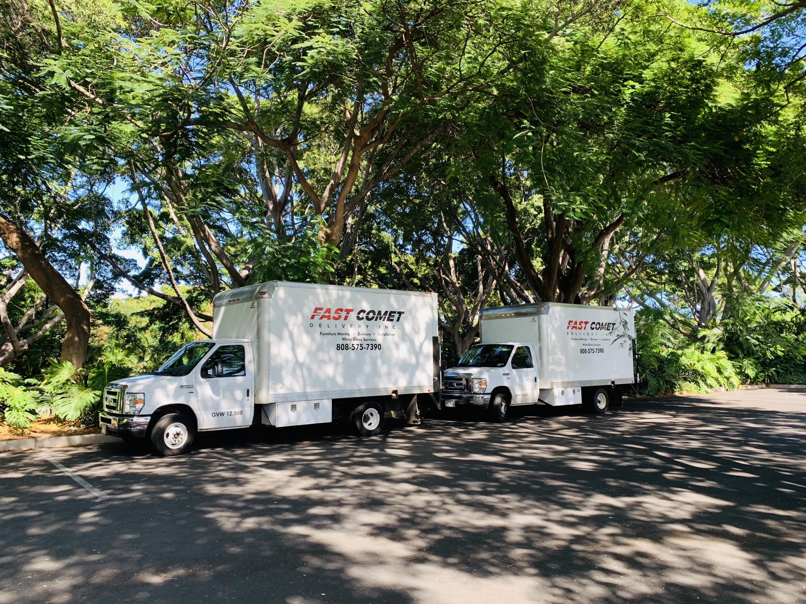 Fast Comet Delivery Truck 19 - Maui Hawaii