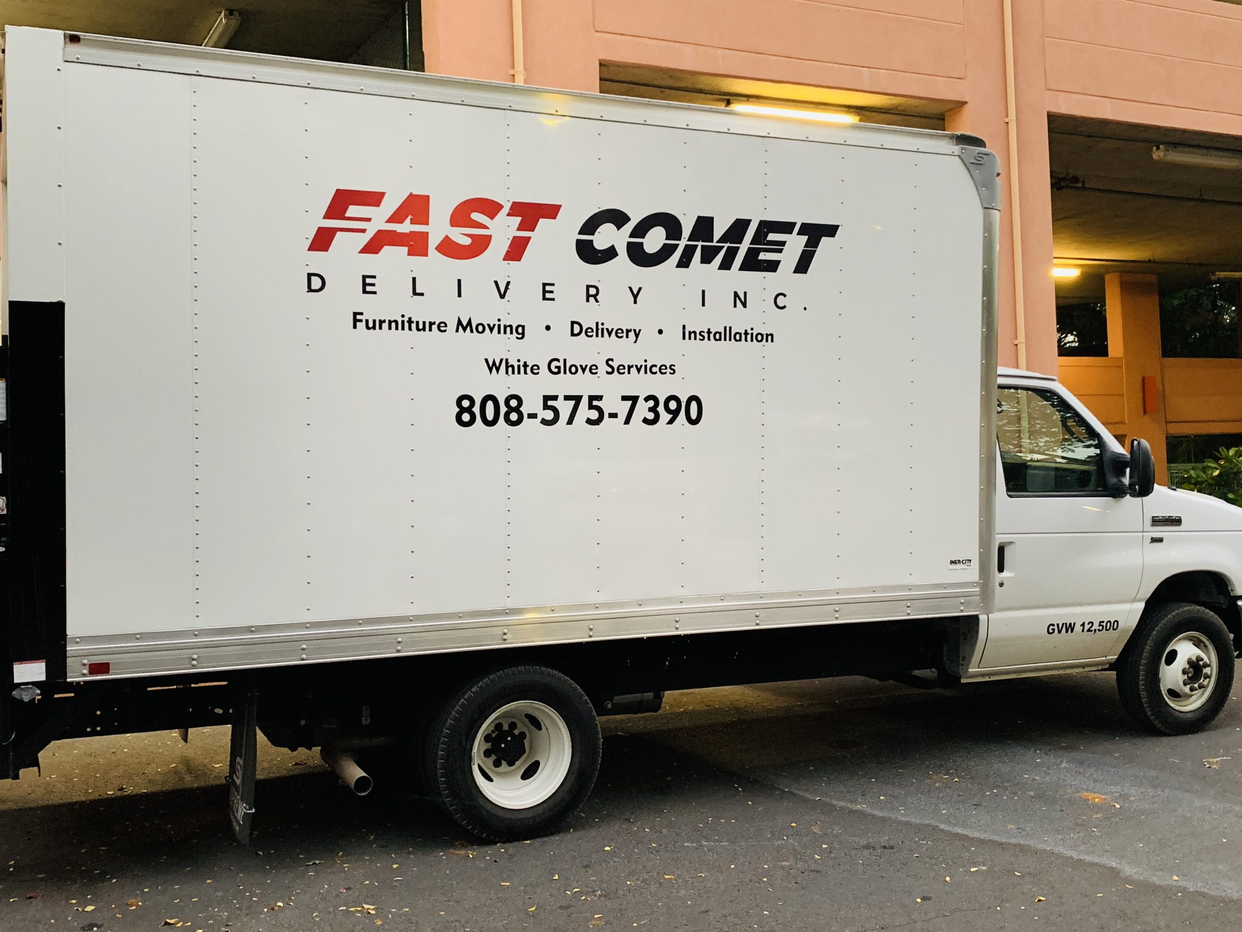 Fast Comet Delivery Truck 5 - Maui Hawaii