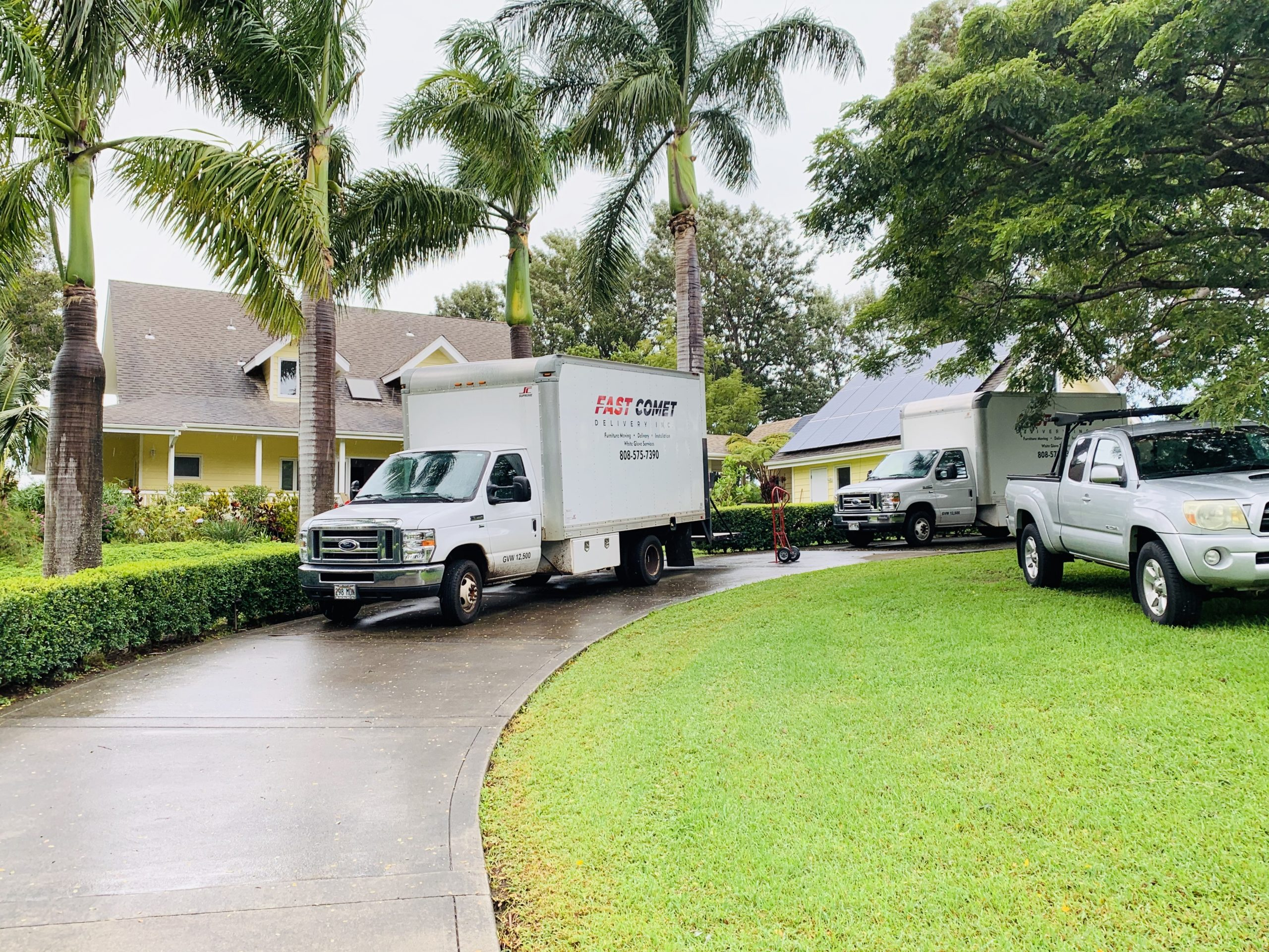 Fast Comet Delivery Truck 2 - Maui Hawaii
