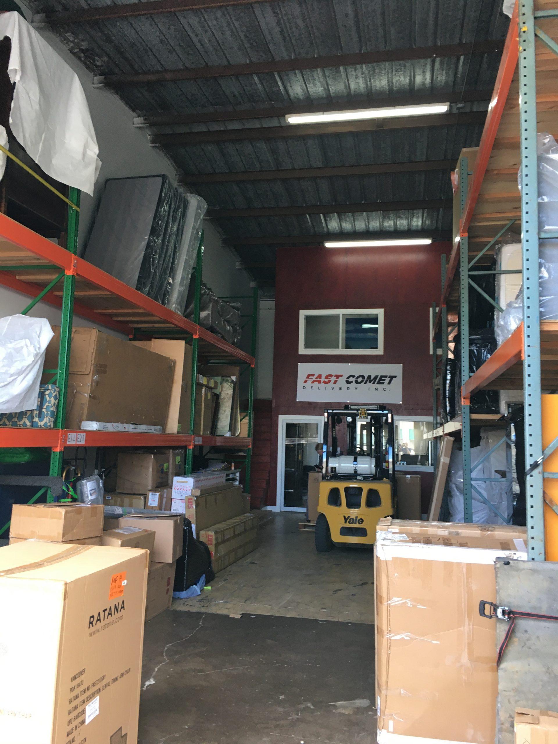 Fast Comet Warehouse 2 -Maui Hawaii - Movers