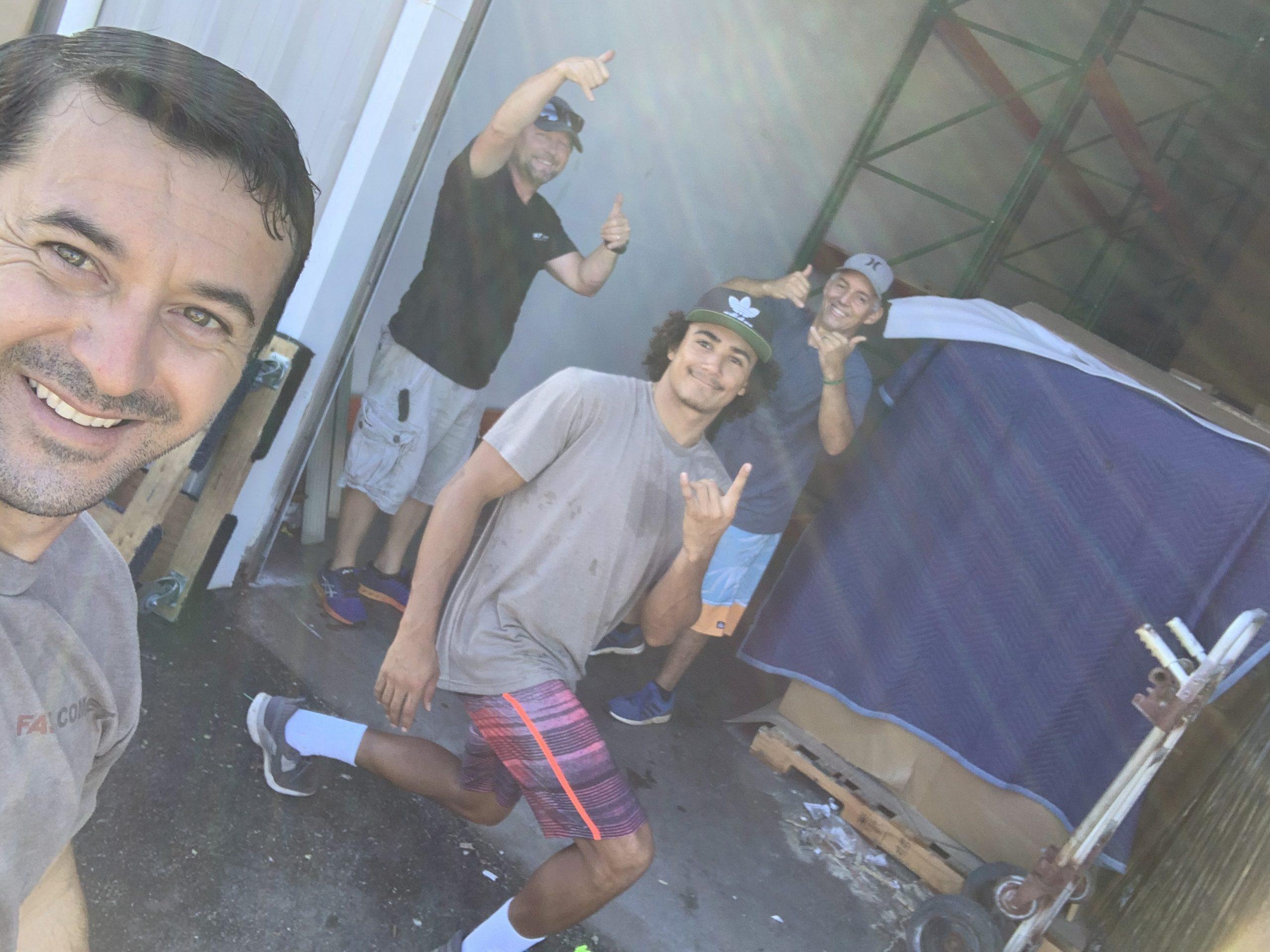Fast Comet Warehouse 8 - Maui Hawaii - Movers